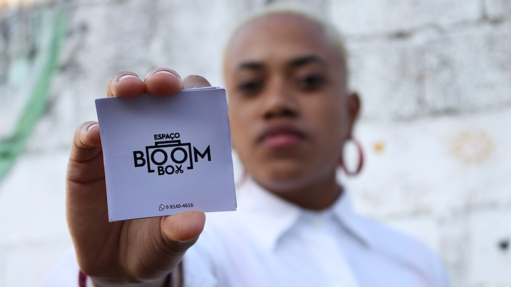 Conheça o Espaço Boom Box: novo local de resistência estética negra, periférica e marginal no Grajaú