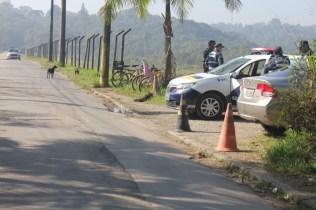 Barragem: paraciclos foram instalados após demanda de moradores, que pedalam até ali para pegar ônibus (Foto: Matheus Oliveira/Periferia em Movimento)
