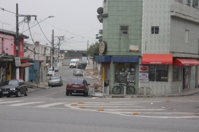 Jardim São Bernardo: no Grajaú, não há um quilômetro de ciclovia sequer (Foto: Thiago Borges / Periferia em Movimento)
