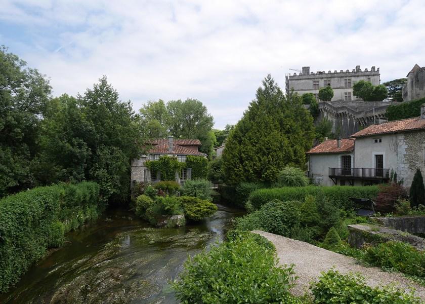 La Dronne en contrebas du château de Bourdeilles