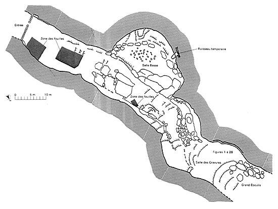 Plan de la grotte de Bara Bahau - ©Relevé topograhique A. Deschamps et J.P. Pouxviel dans l'Atlas des grottes ornées, 1984, p. 94.