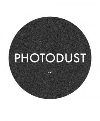 photodust_logo