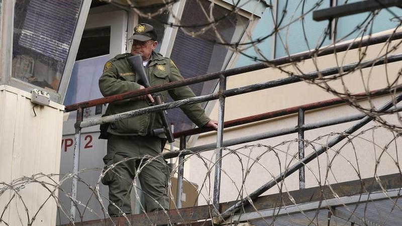 Prison Guards Quit En Masse at Holman Correctional Facility, Alabama