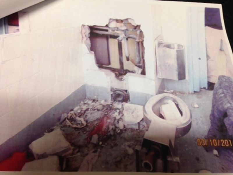 Mass Escape Attempt at George Motchan Detention Center, New York