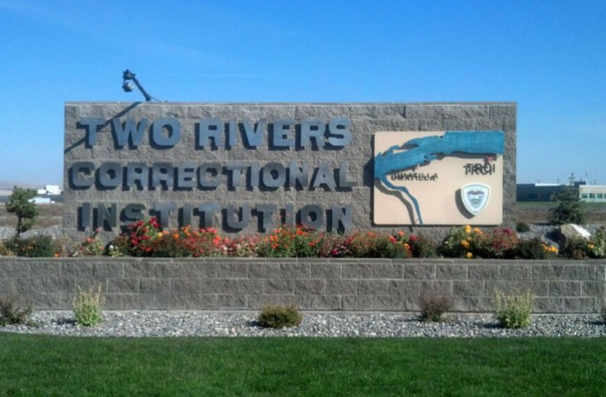 """""""A Dumping Ground of COVID Cases"""": Blackouts, Protests, and Outbreaks at Oregon's Two Rivers Prison"""