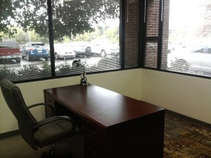 Small window offices available in Nashville