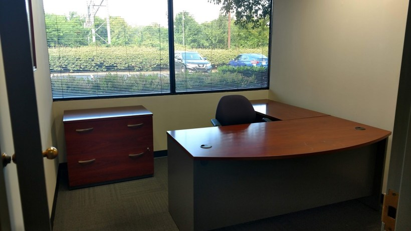 Nashville office space available in a range of sizes and price points.