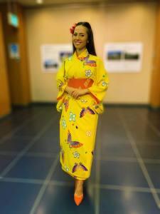 Valery Danko posing in samurai kimono