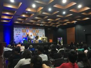 Al evento asistieron estudiandes del programa de Literatura Dual de la UNAB, que vinieron de dieferntes regiones del país./ FOTO KAREN GUALDRÓN