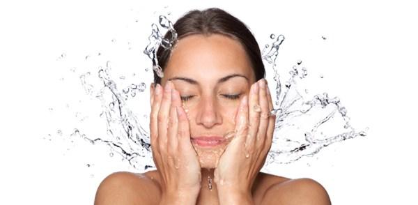 Limpia tu cara de manera ecológica