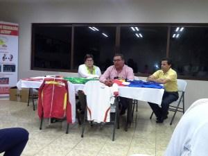Miembros del Comité de Deportes, Roberto Carlos Zumbado, Manuel González y Rosario Alvarado