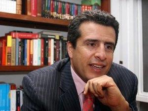 Luis-Fernando-Velasco-faceb