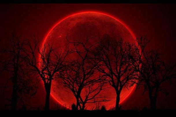 luna-sangrienta