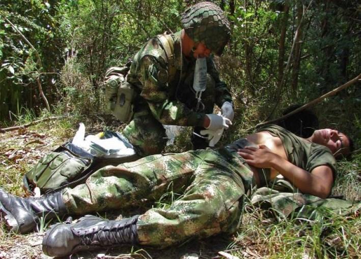 64686-soldado-herido-en-combate-colombia