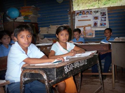 escuela-pobre-73994