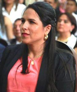LUCY AMPARO GUZMAN GONZALES