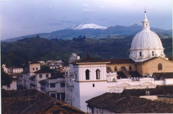 popayan_y_el_volcan_purace_0