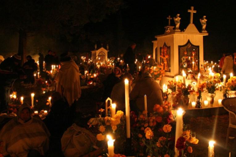 el-dia-de-los-muertos-y-la-cultura-azteca-panteones-que-puedes-visitar-600x400