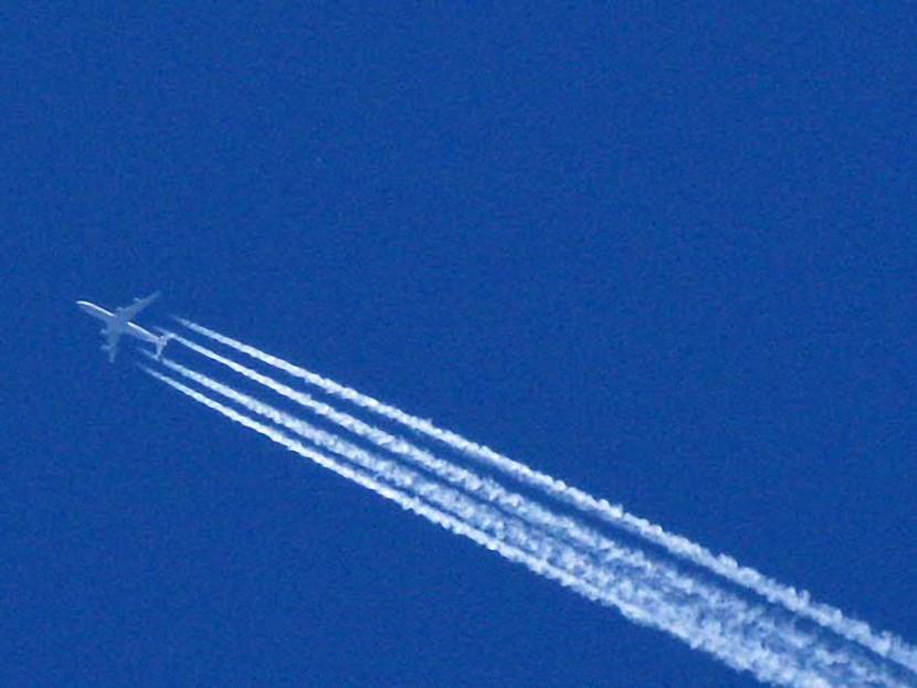 """Los meteorólogos exponen el programa militar estadounidense """"Chemtrails"""""""