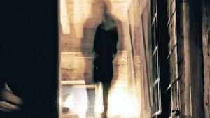 Una mujer afirma haber fotografiado a dos fantasmas en un museo de Londres