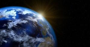 ¿Qué sucede con el campo magnético de la Tierra?
