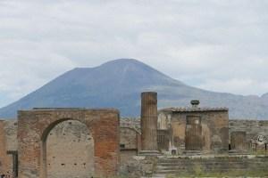La ciudad de Pompeya diseña un plan de evacuación por si el Vesubio entra en erupción