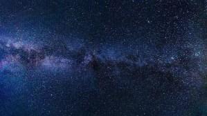 Existen más estrellas que todas las arenas de todas las playas del mundo