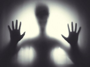 ¿Estás siendo acosado por entidades oscuras?