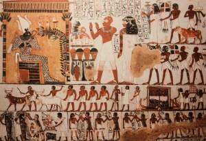 Hallan en Egipto una colorida tumba de 4.300 años de antigüedad