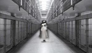 Las presas de una cárcel india están siendo atormentadas por un fantasma que se lamenta todas las noches