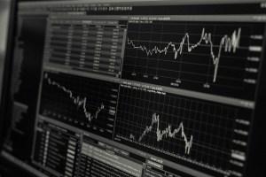 La Reserva Federal le abre la puerta a la recesión mundial