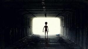Encuentros en la Tercera Fase – Alienígenas en los 50s