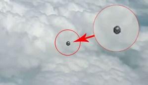 Un piloto de la aerolínea Viva Air graba un OVNI en forma de cubo sobre Colombia
