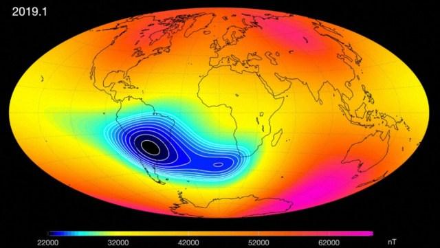 Confirman que el campo magnético de la Tierra se debilita