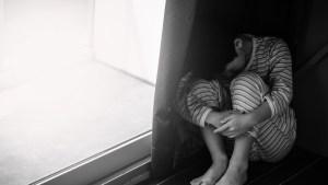 Cómo fue posible que un psicólogo alemán estuviera entregando a pedófilos menores en adopción durante 30 años con apoyo de las autoridades