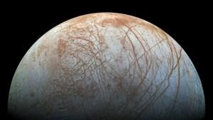 Científicos de la NASA sostienen que el océano de la luna Europa podría ser habitable