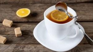 Combinación de limón y te; secreto para reducir el riesgo de cáncer