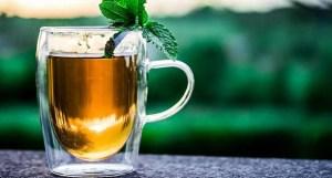 Cuatro bebidas que ayudan a eliminar los dolores de cabeza repentinos