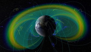 Físicos descubren qué fuerzas aceleran partículas en torno a la Tierra hasta casi la velocidad de la luz
