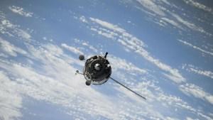 Comandante de la Fuerza Espacial de EE.UU. asegura que China y Rusia tienen armas capaces de destruir los satélites de su país
