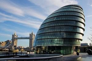 """El ayuntamiento de Londres se prepara para un """"exceso de muertes"""" durante los próximos años"""