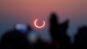 América del Norte podrá disfrutar de un eclipse solar que se verá en Nueva York como unos cuernos rojos del diablo