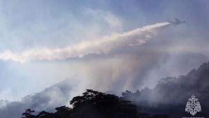 """Rusia combate los incendios en Siberia con ayuda de """"aviones que provocan lluvias inyectando químicos en las nubes"""""""