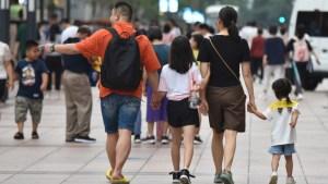 """Asamblea de China discute una ley para castigar a los padres de menores infractores y con """"mal comportamiento"""""""