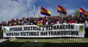 Manifestación demanda justicia para las víctimas del franquismo