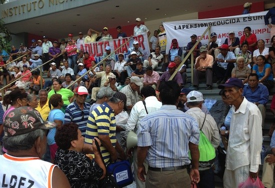 Ocupas-Seguro-Social-Nicaragua_NestorArce-IPS