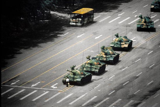 (C) Stuart Franklin. Plaza de Tiananmen, Pekín, 5 de junio de 1989