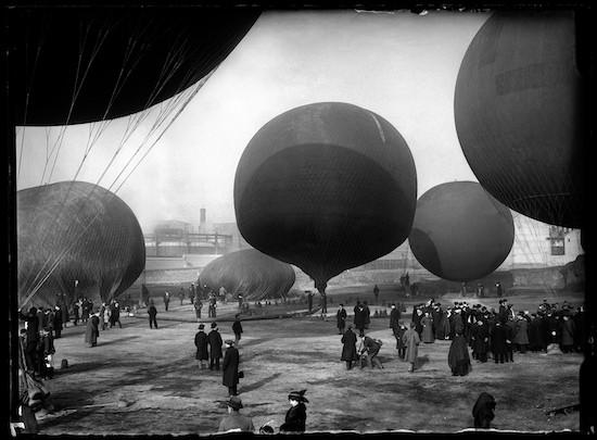 (C) Luis Ramón Marin. Concurso de globos. Madrid, 14 de diciembre de 1913
