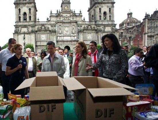 Ayudas DIF en México. Foto Alfonso Reyes