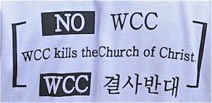 Detalle de la camiseta de un manifestante antiecuménico. X Asamblea del CMI, Busan, Corea
